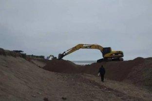 Mar del Plata: denuncian que los balnearios privados se roban la arena de la playa pública