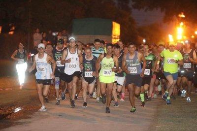 Con gran éxito se realizó la Maratón Nocturna 131° Aniversario en Recreo