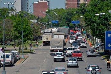 Protesta  y caos en el tránsito del centro de la ciudad de Santa Fe