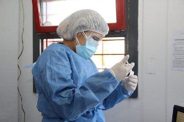 Argentina notificó 15 fallecidos y 1.415 contagios de coronavirus
