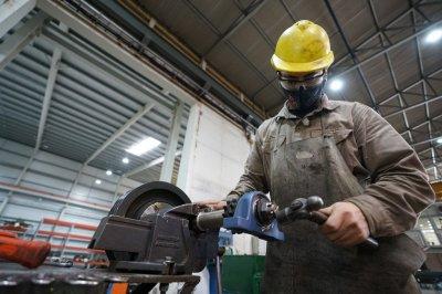 El gobierno santafesino lanza nuevas medidas para apuntalar el crecimiento de la industria