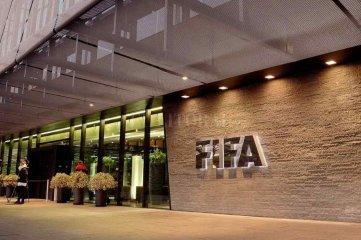 Tres clubes de Europa iniciaron acciones legales a FIFA y UEFA