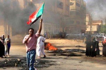 Detuvieron en Sudán a tres dirigentes pro democracia