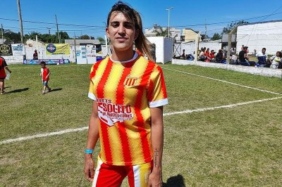 Samira, la primera jugadora trans del fútbol concordiense
