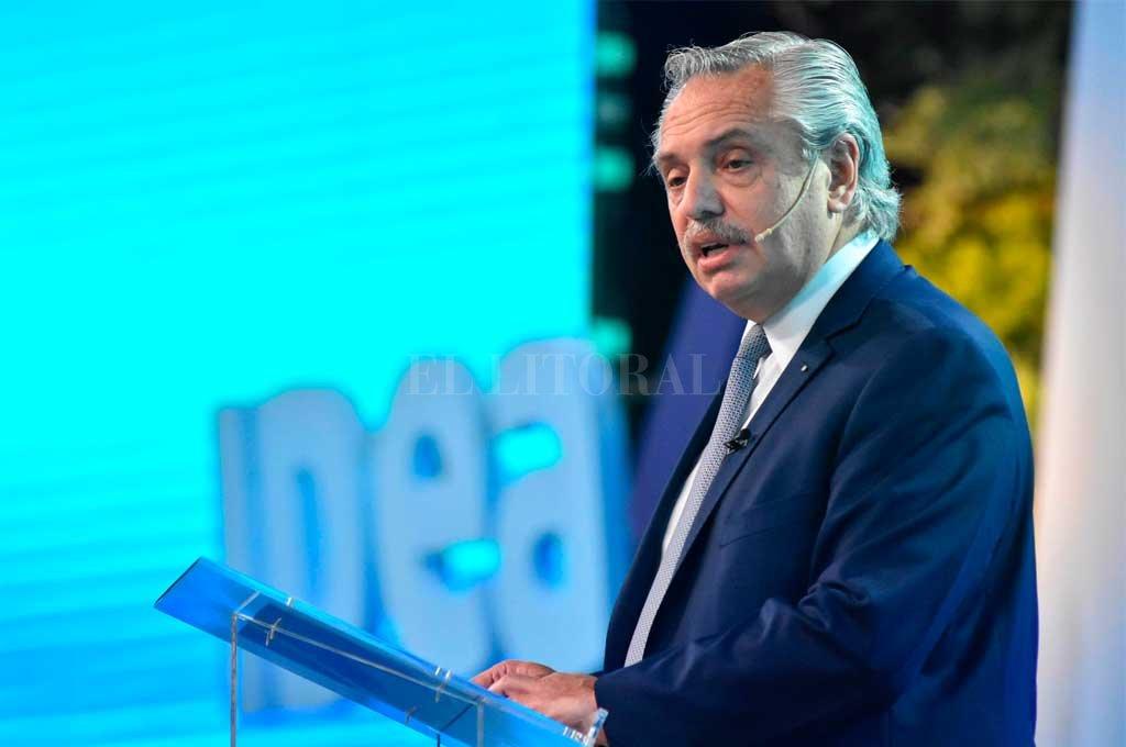 Alberto Fernández viaja a Europa en medio de la campaña y la negociación con el FMI -  -