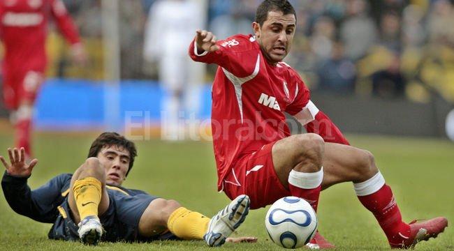 Foto de archivo cuando el jugador vestía la camiseta de Boca. Crédito: EFE