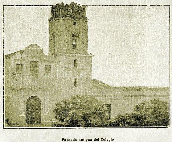 Iglesia y Colegio de la Inmaculada Concepci�n en una foto de 1863. Archivo