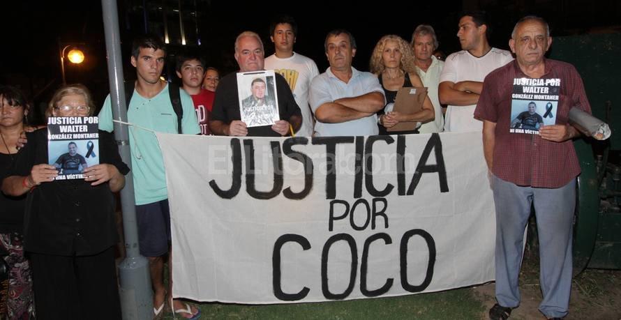 Desde el día del asesinato, familiares y amigos de Walter González Montaner reclaman a gritos que el crimen no quede impune. Archivo El Litoral.