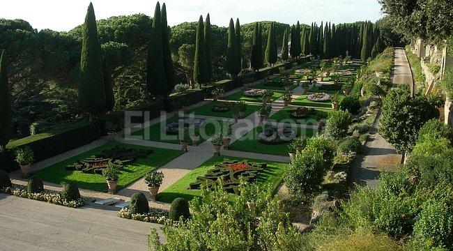 El papa abre al p blico los jardines de la residencia de - Residencia los jardines granada ...