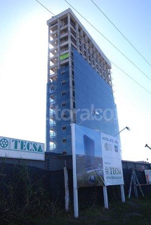 Imponente. El hotel UNL-ATE tendrá 14 niveles, 80 habitaciones, un auditorio para 200 personas y un salón de Usos Múltiples. Crédito: Flavio Raina