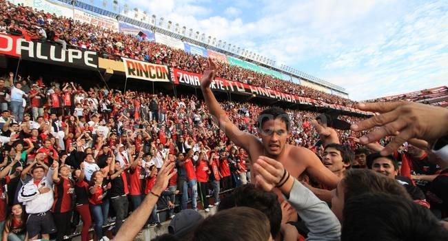 César Meli, el día del triunfo agónico ante Olimpo. El juvenil sabalero no sólo es pretendido por clubes de afuera, sino también por Boca. <br /> <strong>Foto:</strong> Pablo Aguirre